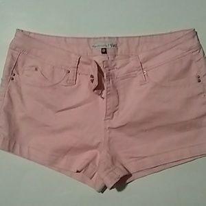 🌈pink shorts